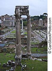 Forum Romanum - famous historic Forum Romanum in the centre...
