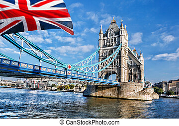 Famous Tower Bridge in London, England - Famous Tower Bridge...