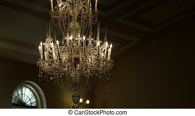 Fancy Chandelier Pan