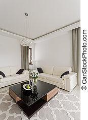 Fancy coffee table - Fancy shining coffee table in up-to-...