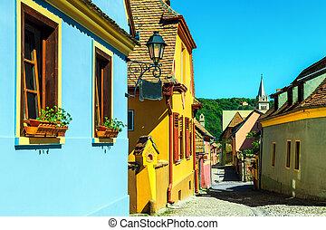 fantástico, medieval, saxon, calle, vista, en, sighisoara, transylvania, rumania, europa