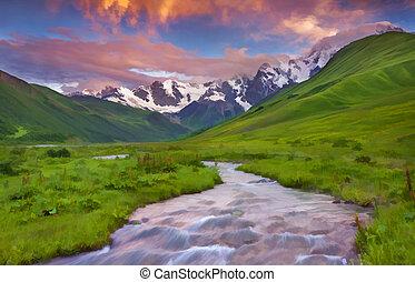 fantastique, coucher soleil, montagnes.