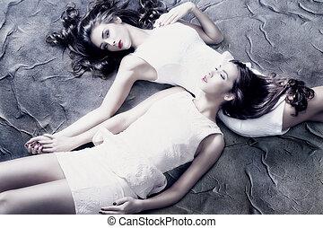 fantasy beauty - beautiful fantasy women in white dresses