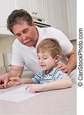 far, unge, søn, hjælper, midte ældtes, hjemmearbejdet