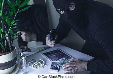 farlig, rånare, med, handeldvapen