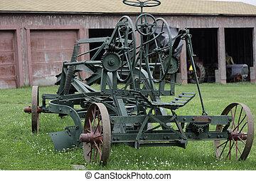 farm harvesting machine