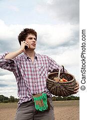 farmer, beszélő, telefonon