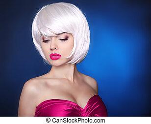 Fashion Beauty Blond Girl. Makeup. bob hairstyle. White Short hair. Face eye make-up Close-up.  Fringe. Vogue Style.