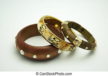 Fashion Bracelets - Wood, ethnic fashion bracelets /...