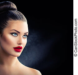 Fashion Model Girl Portrait with Blue Eyes and Sexy Red Lips
