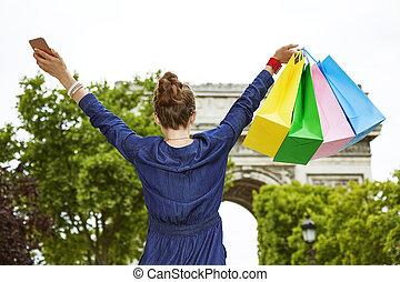 fashion-monger, à, sacs provisions, réjouir, près, arc...