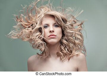 fashion portrait curly blonde - portrait curly blonde wind...