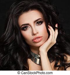 Fashion Portrait of Stylish Model Woman with Black Hair