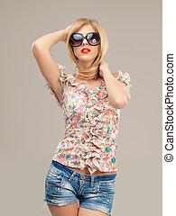 fashion portrait sexy woman sunglasses, shorts, posing