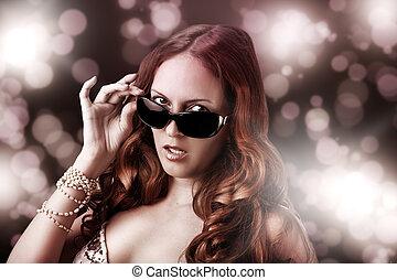 Fashion woman wearing sunglasses