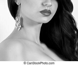 Fashion woman with jewelry precious