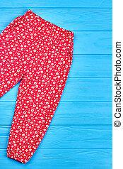 Fashionable summer baby girl pants.