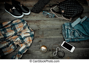 Fashionable women's clothing and accessories