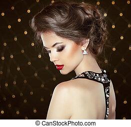 fason, brunetka, wzór, portrait., biżuteria, i, hairstyle., elegancki