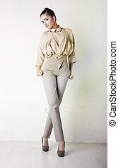 fason, dziewczyna, w, białe gacie, i, bluzka, przedstawianie