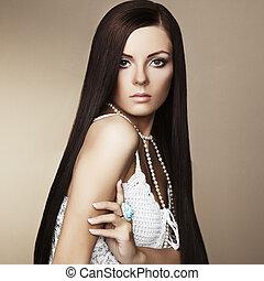 fason, fotografia, od, piękna kobieta, z, wspaniały, włosy