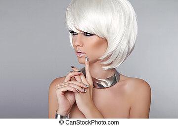 fason, piękno, girl., blond, kobieta, portrait., szykowny, fryzura, i, makeup., hairstyle., ustalać, do góry., biały, krótki, hair., odizolowany, na, szary, tło., moda, style.