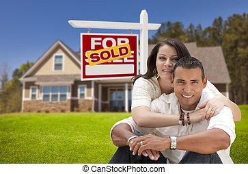 fast egendom sålde, par, hispanic, hem, färsk, underteckna