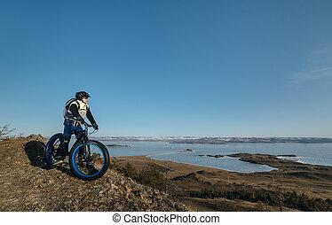 Fatbike (fat bike or fat-tire bike)