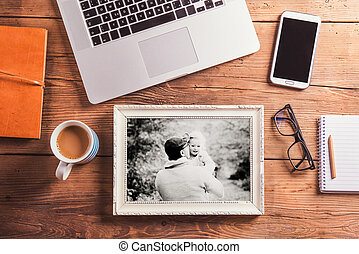 Fathers day concept. Office desk. Studio shot. - Fathers day...