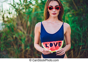 fatia, óculos de sol, swimwear, mulher, melancia, ter
