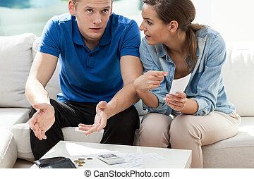 fatture paga, matrimonio, giovane, detenere