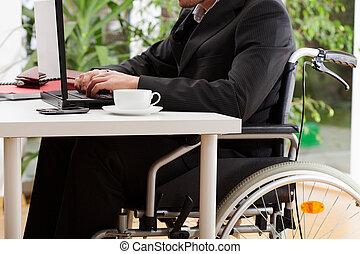 fauteuil roulant, avocat