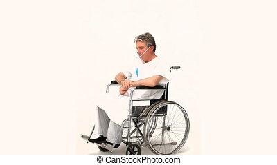 fauteuil roulant, homme mûr