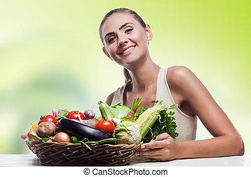 fazer dieta, mulher, saudável, vegetariano, -, jovem, alimento, conceito, segurando, vegetable., cesta, feliz