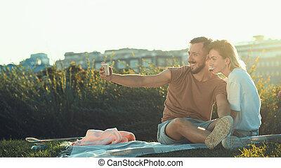 fazer, par, feliz, selfie, jovem