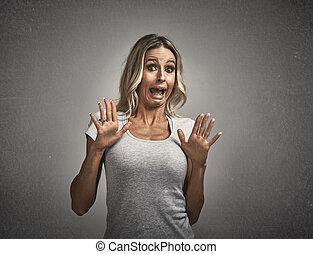 fear., assustado, amedrontado, mulher jovem