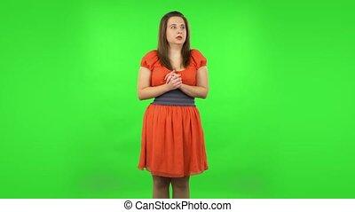 fearfully, examine, elle, vert, écran, hands., figure, girl...