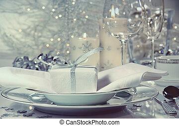 feestelijk, diner het plaatsen, met, cadeau