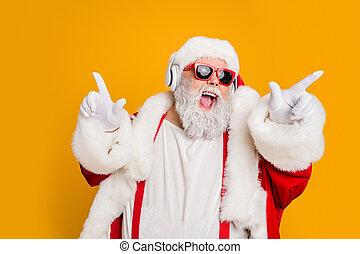fehér, ünneplés, hallgat, x-mas, bolond, elszigetelt, éjszakai mulató, dj, fejhallgató, sárga, hangzik, kalap, táncol, elegáns, énekel, beijedt, szín, klaus, karácsony, háttér, hord, meghív, fél, szent, dal, nadrágtartó, dal, zene