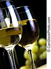 fehér bor, and sajt