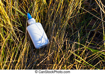fehér, fű, palack, műanyag