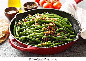 feijões verdes, com, caramelized, pecans