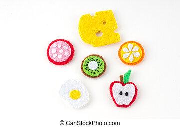 feito à mão, brinquedo, em, a, forma, de, frutas, e, alimento, feito, de, feltro, ., close-up, de, ofícios, com, bordado