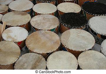 feito à mão, tambores