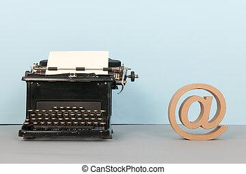 fekete, írógép