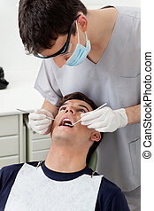 feldolgozó, fogász, türelmes
