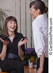 felice, conversazione, in, ufficio