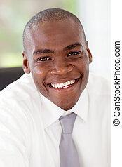 felice, giovane, africano, uomo affari, closeup