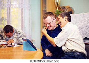 felice, internet, amici, incapacità, socializzare, attraverso