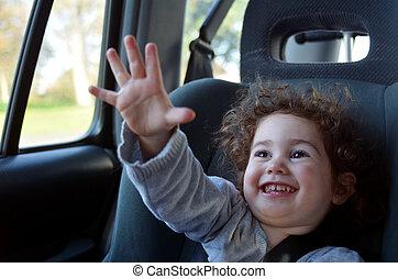 felice, piccolo bambino, viaggiare, macchina, sedere